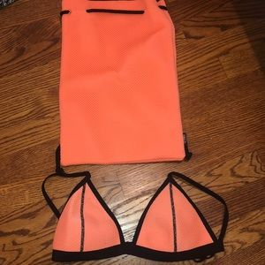 Triangl bathing suit top